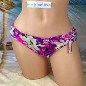 ! Victoria's Secret knockout floral swim bottom